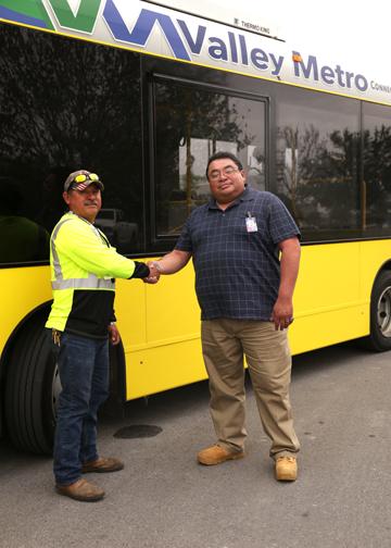 TSTC ValleyMetro BusDonation 72dpi - TSTC, Valley Metro partner to meet industry needs