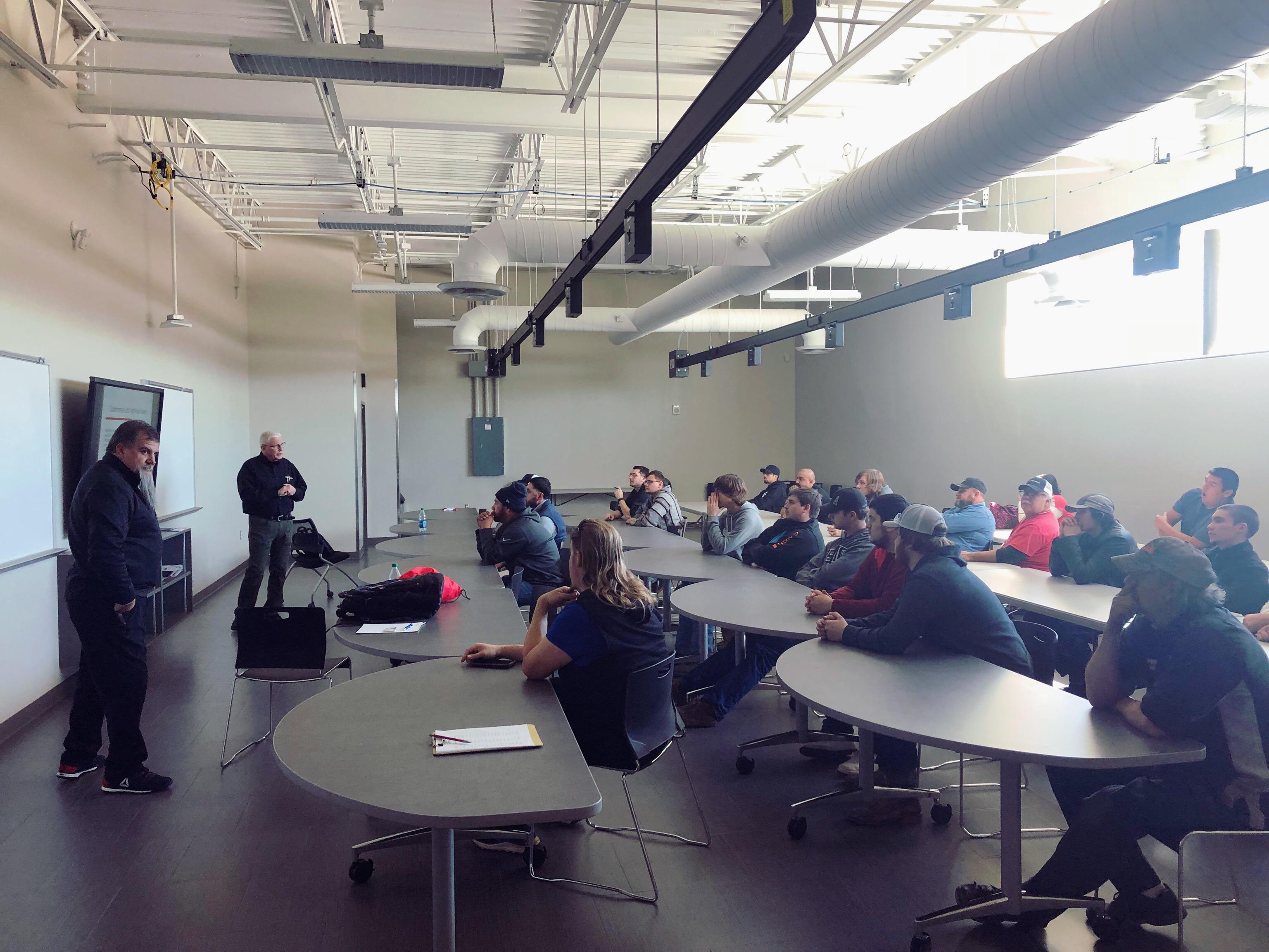 Houston Company Representatives Visit TSTCs EPC Program