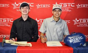 Waco Mansfield National Signing Day May 8 2019 2 300x182 - TSTC Joins Ben Barber Innovation Academy for National Signing Day 2019