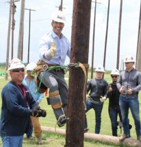 Fort Bend County Electrical Lineworker Technology