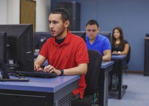 TSTC BusinessManagementTechnology 5x7 300x214 - TSTC business program creates office professionals