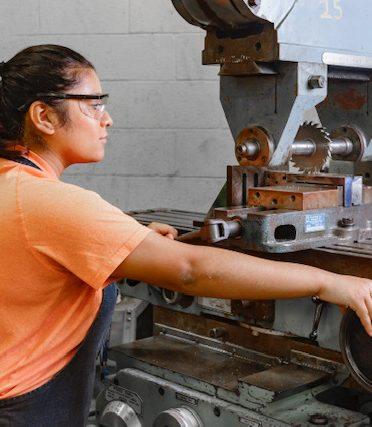 4 June 2021 file photo TSTC EWC PMT 372x427 - TSTC Precision Machining Technology program trains students to fill area jobs
