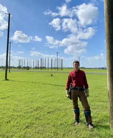 Harlingen electrical lineworker