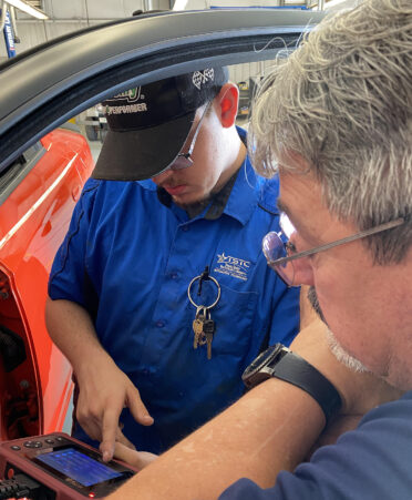 new vehicle 372x451 - TSTC Automotive Technology students train on newer vehicle features